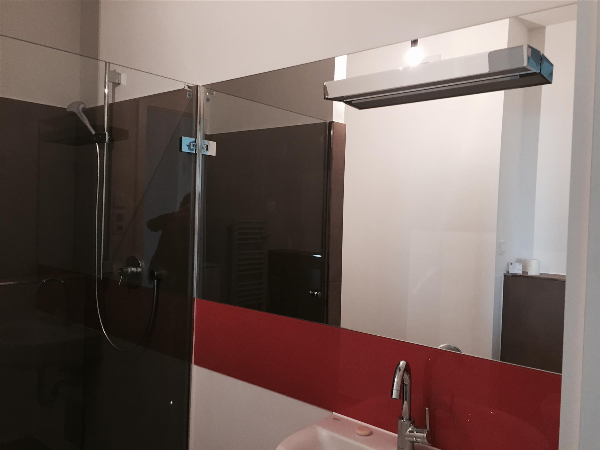Schön Spiegel Für Dachschräge Galerie Von